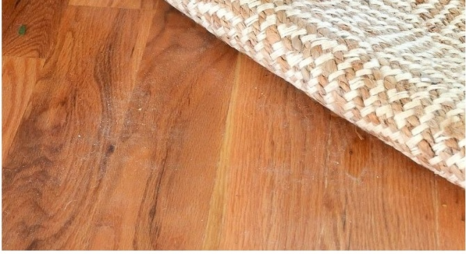 Is jute backing rugs safe for hardwood floors